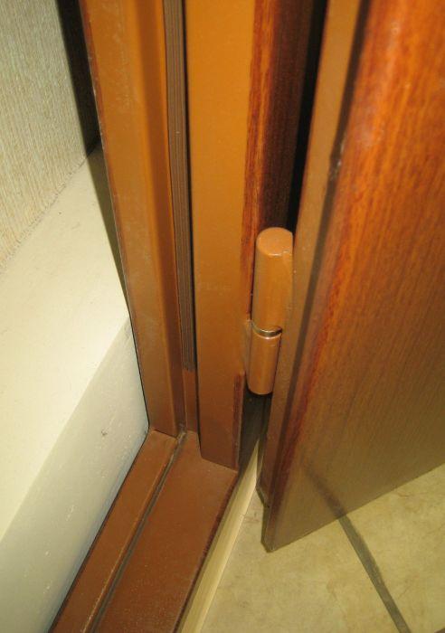 металлические сплошные двери