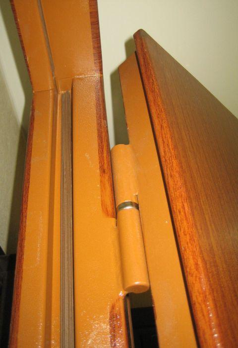 дешевая и шумоизолирующая стальная дверь